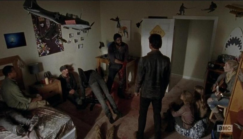TWD: 2 – S5E9 What Happened and What's Going On